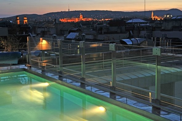 Continental Hotel Budapest-Panorama<br/>Image from Leonardo