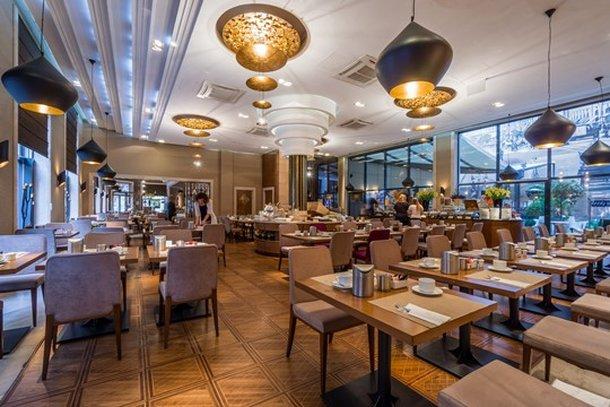 Continental Hotel Budapest-Restaurant<br/>Image from Leonardo