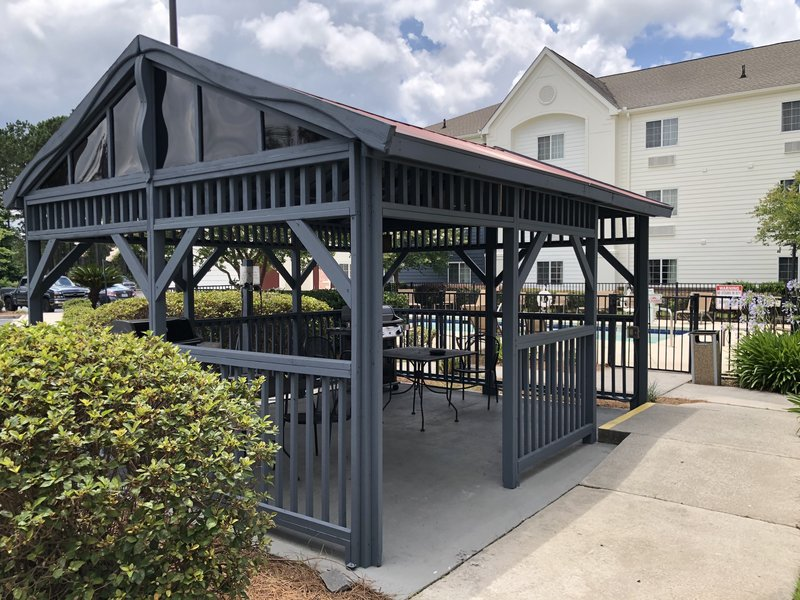 Candlewood Suites Savannah Airport-Cookout at our grill!<br/>Image from Leonardo