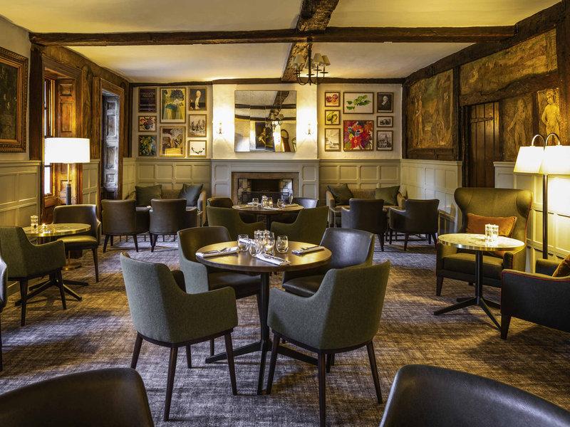 Mercure Farnham Bush-Bar/Lounge<br/>Image from Leonardo