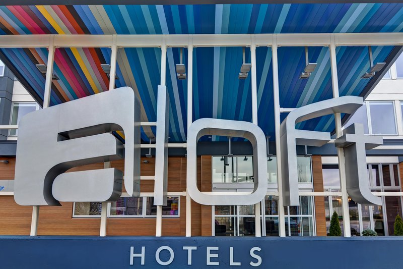 Aloft Secaucus Meadowlands-Entrance<br/>Image from Leonardo