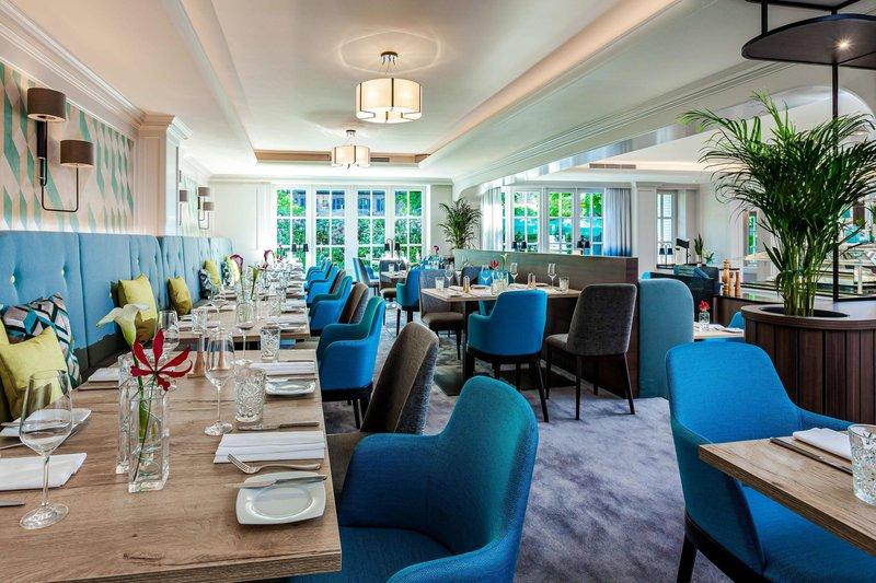 Courtyard Hamburg Airport-Horizon Restaurant - Empore<br/>Image from Leonardo