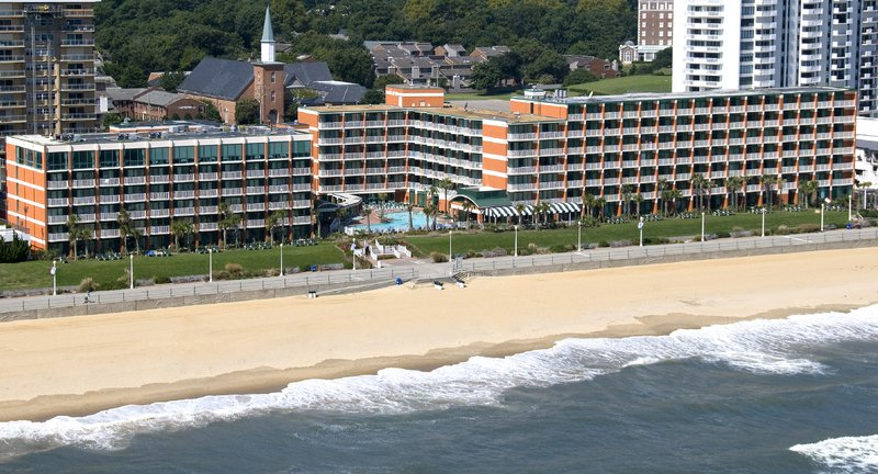 Holiday Inn Hotel & Suites Virginia Beach - North Beach-Oceanfront Hotel Steps from the Beach<br/>Image from Leonardo