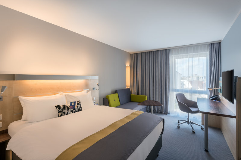 Holiday Inn Express Guetersloh-Modern Queensize Bed with Sofabed<br/>Image from Leonardo