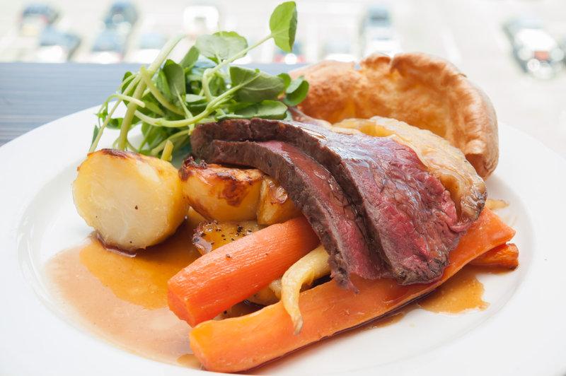 Holiday Inn Southend-Sunday roast<br/>Image from Leonardo