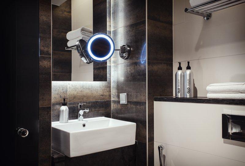 Glo Hotel Art-GLOHotel Art Guestroom Comfort<br/>Image from Leonardo