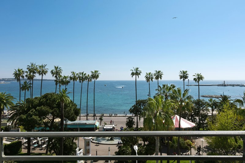 Hotel Majestic Barriere-IMAFabrice Rambert<br/>Image from Leonardo