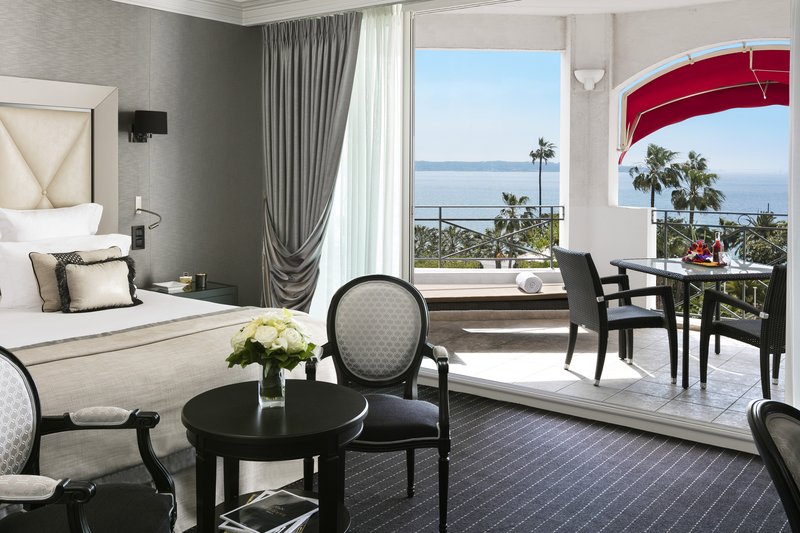 Hotel Majestic Barriere-Prestige Seaview Junior Suite<br/>Image from Leonardo