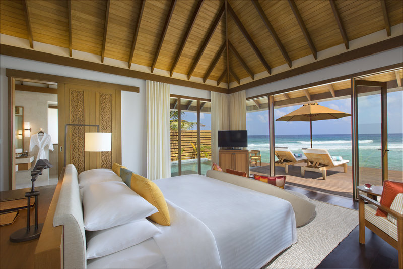 Anantara Veli - Anantara_Veli_Maldives_Resort_Guest_Room_Ocean_Pool_Bungalow_Bedroom <br/>Image from Leonardo