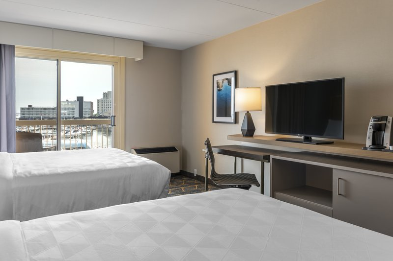 Holiday Inn Kingston - Waterfront-2 Queen beds equipped with 43in Flat screen TV and Keurig coffee<br/>Image from Leonardo