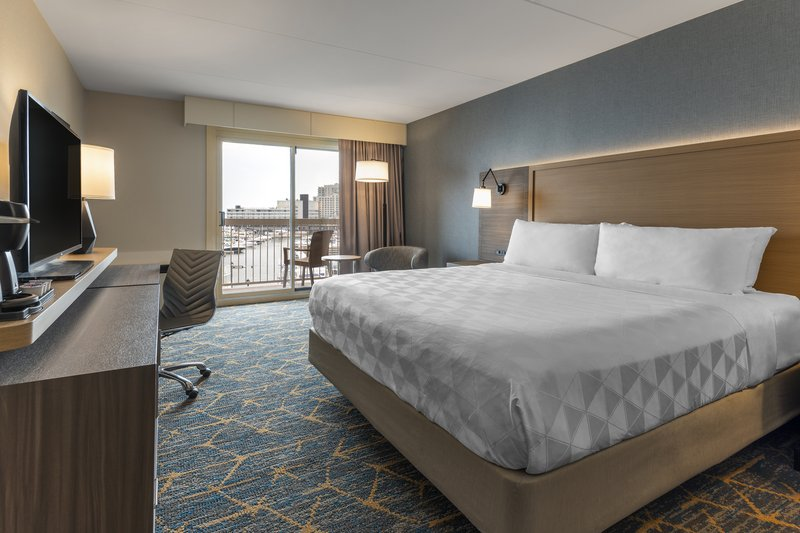 Holiday Inn Kingston - Waterfront-King room with gorgeous view<br/>Image from Leonardo