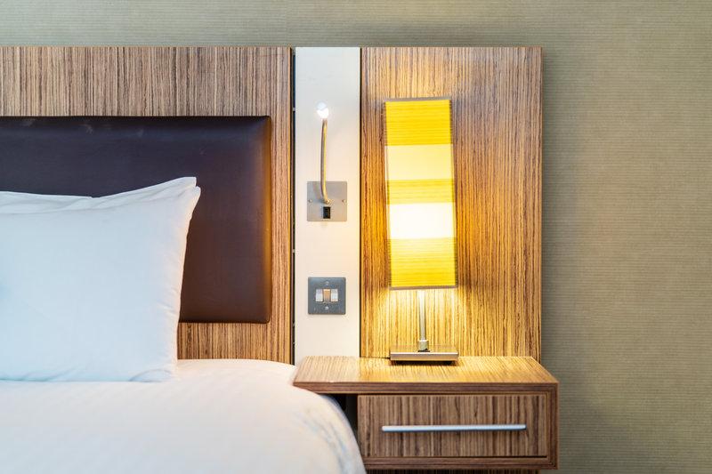 Holiday Inn Stevenage-Guest Room<br/>Image from Leonardo