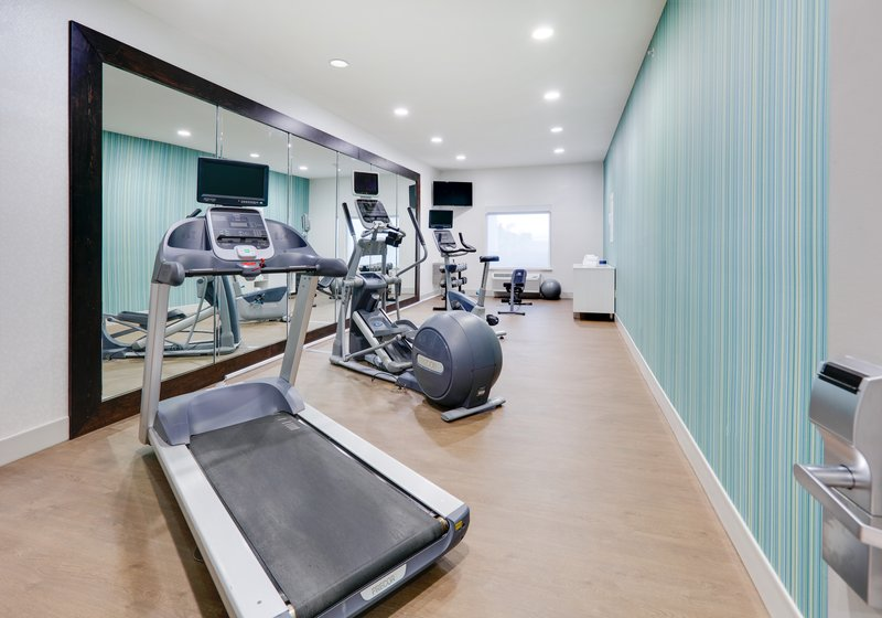 Holiday Inn Express & Suites Cleburne-Fitness Center <br/>Image from Leonardo