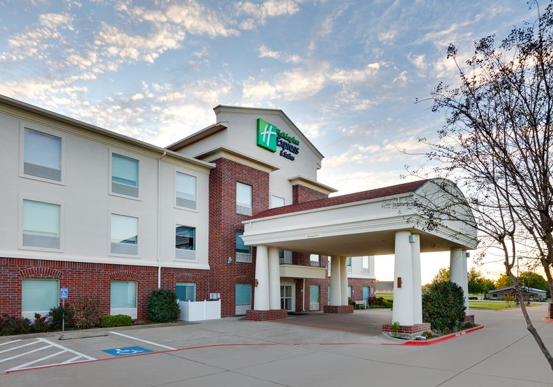 Holiday Inn Express & Suites Cleburne-Hotel Exterior <br/>Image from Leonardo