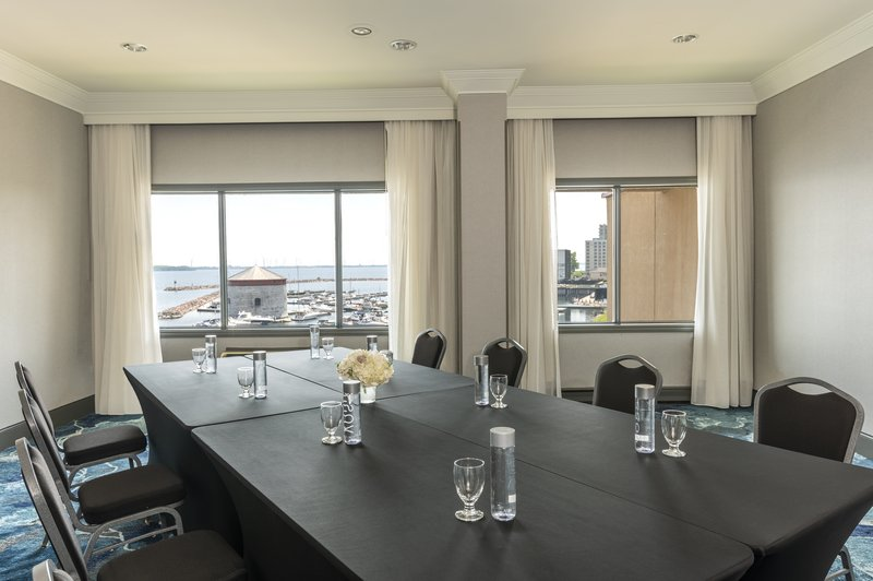 Holiday Inn Kingston - Waterfront-Martello boardroom <br/>Image from Leonardo