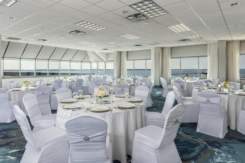 Holiday Inn Kingston - Waterfront-Perfect wedding venue Islandview Ballroom<br/>Image from Leonardo
