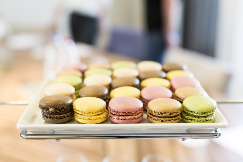 Holiday Inn Eindhoven-Macarons<br/>Image from Leonardo