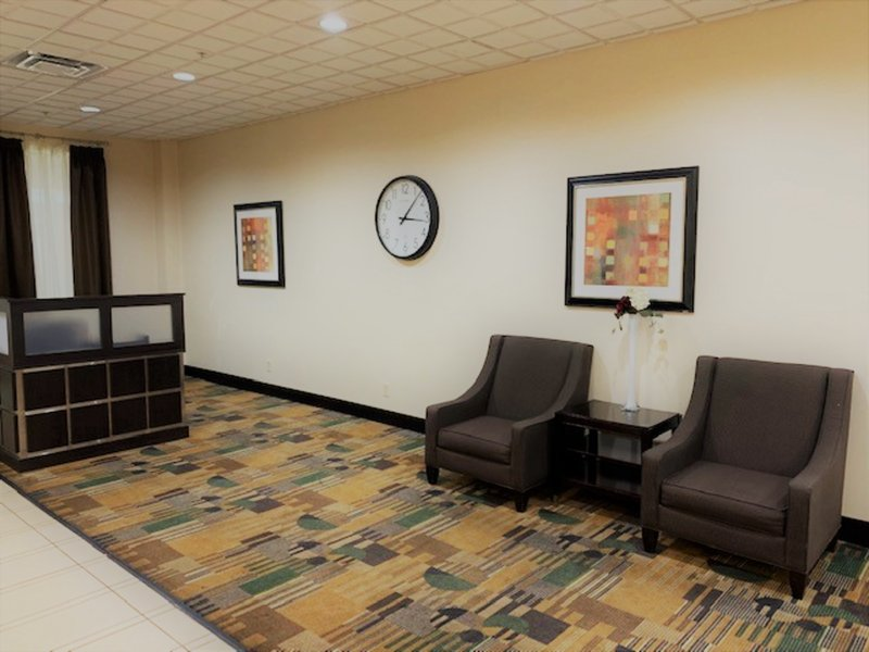 Holiday Inn Hotel & Suites Mansfield-Conference Ctr-Business Center<br/>Image from Leonardo