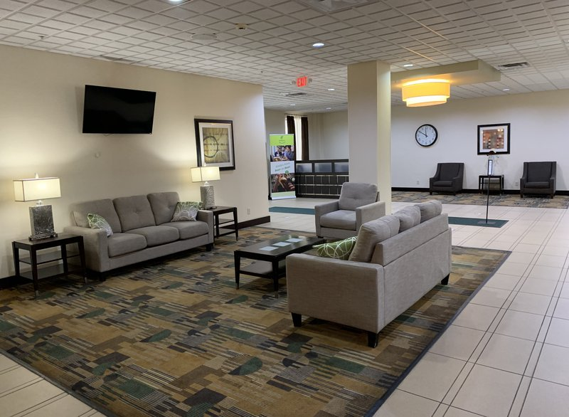 Holiday Inn Hotel & Suites Mansfield-Conference Ctr-Lobby<br/>Image from Leonardo