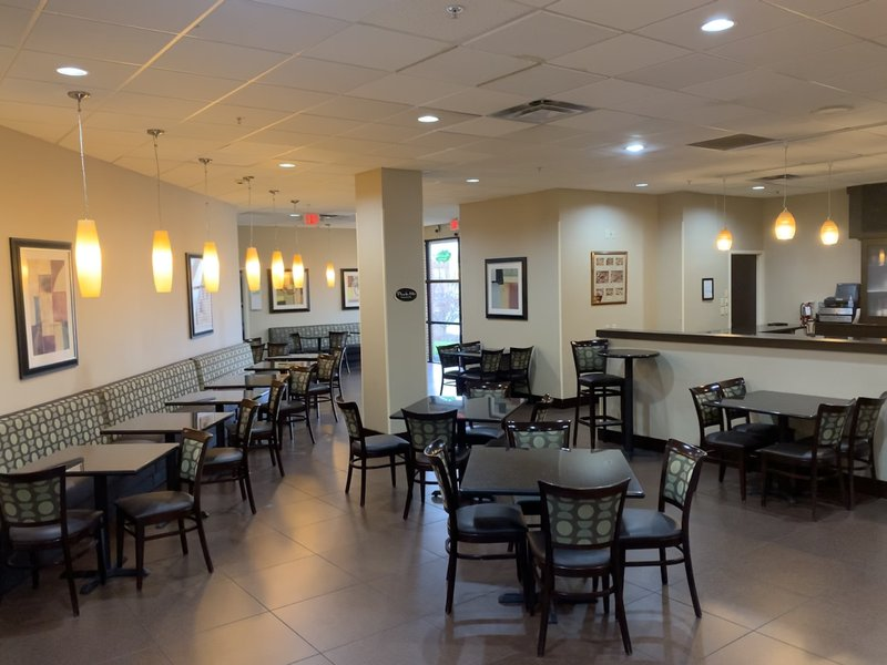 Holiday Inn Hotel & Suites Mansfield-Conference Ctr-Restaurant<br/>Image from Leonardo