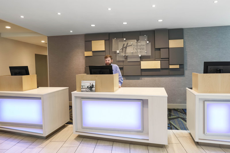 Holiday Inn Express and Suites Fort Worth Downtown-Welcome to Holiday Inn Express & Suites Fort Worth Downtown<br/>Image from Leonardo