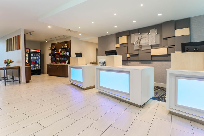 Holiday Inn Express and Suites Fort Worth Downtown-Reception Desk<br/>Image from Leonardo