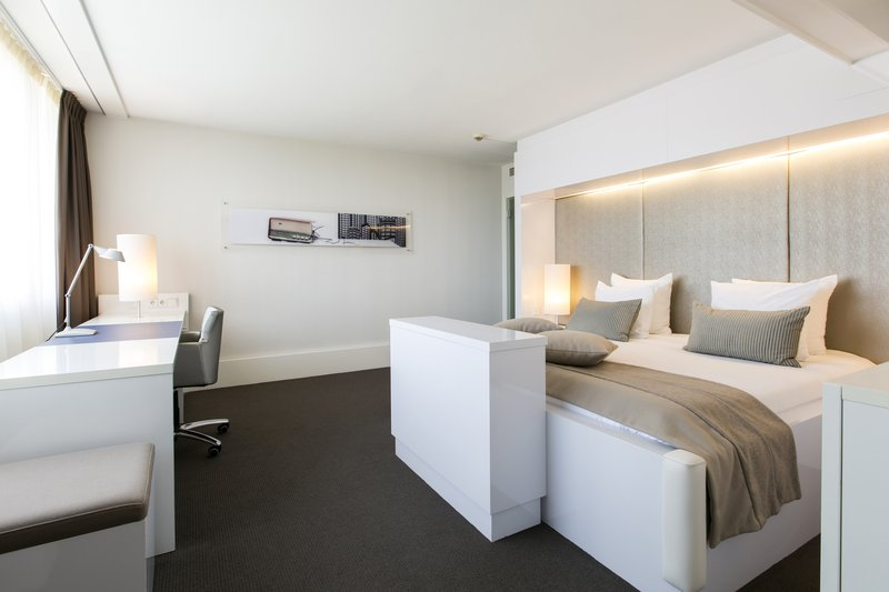 Holiday Inn Eindhoven-Pillows & throws have been removed as part of Covid19 precautions<br/>Image from Leonardo