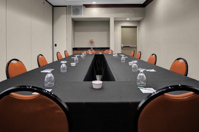 Holiday Inn Hotel & Suites Lima-Meeting Room<br/>Image from Leonardo