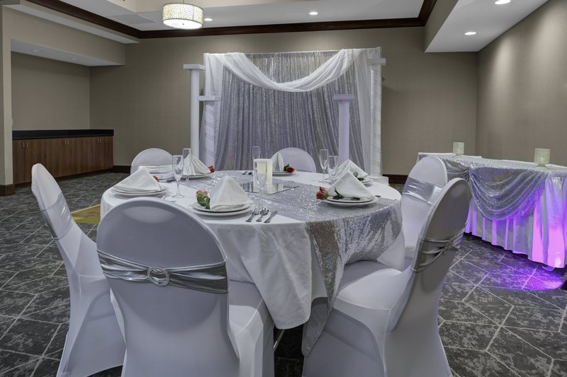 Holiday Inn Hotel & Suites Lima-Banquet Room<br/>Image from Leonardo