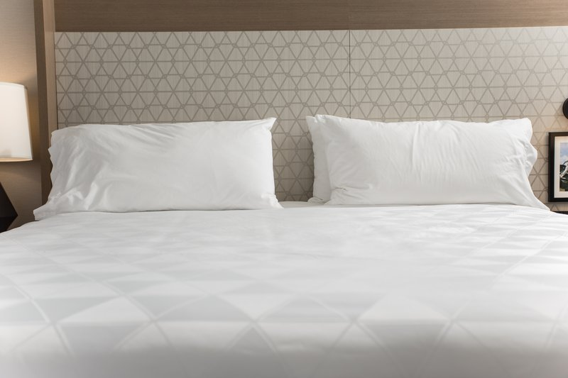 Holiday Inn Grand Rapids Downtown-Cozy comfort, in crisp white linens<br/>Image from Leonardo