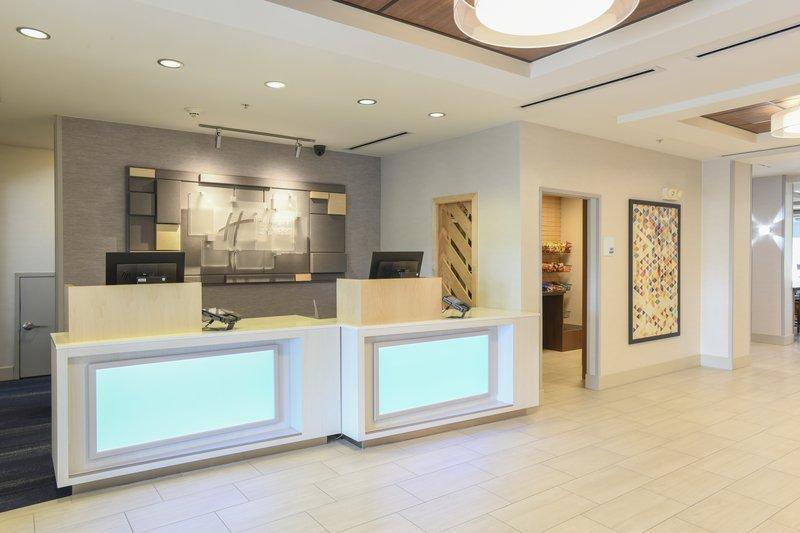 Holiday Inn Express & Suites Richwood - Cincinnati South-Holiday Inn Express Richwood Lobby <br/>Image from Leonardo