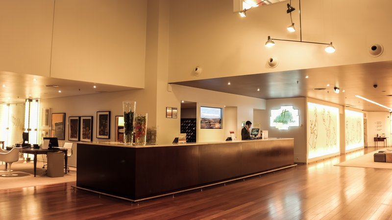 Holiday Inn Porto Gaia-Front Desk<br/>Image from Leonardo