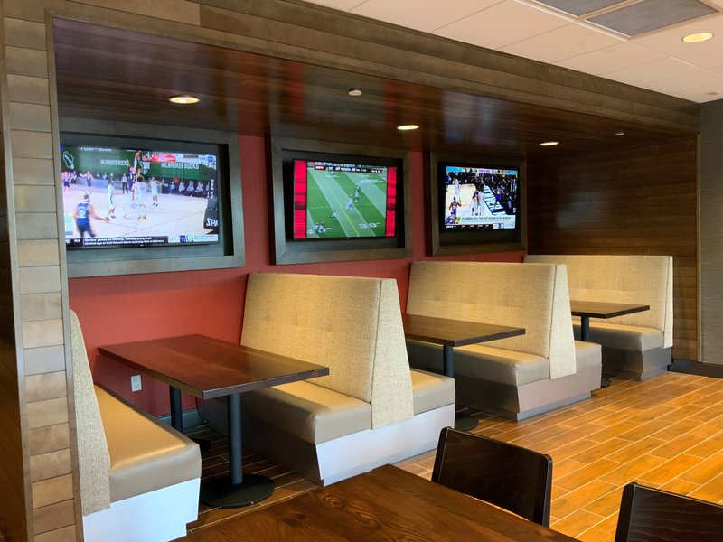 Holiday Inn Grand Rapids Downtown-Restaurant<br/>Image from Leonardo
