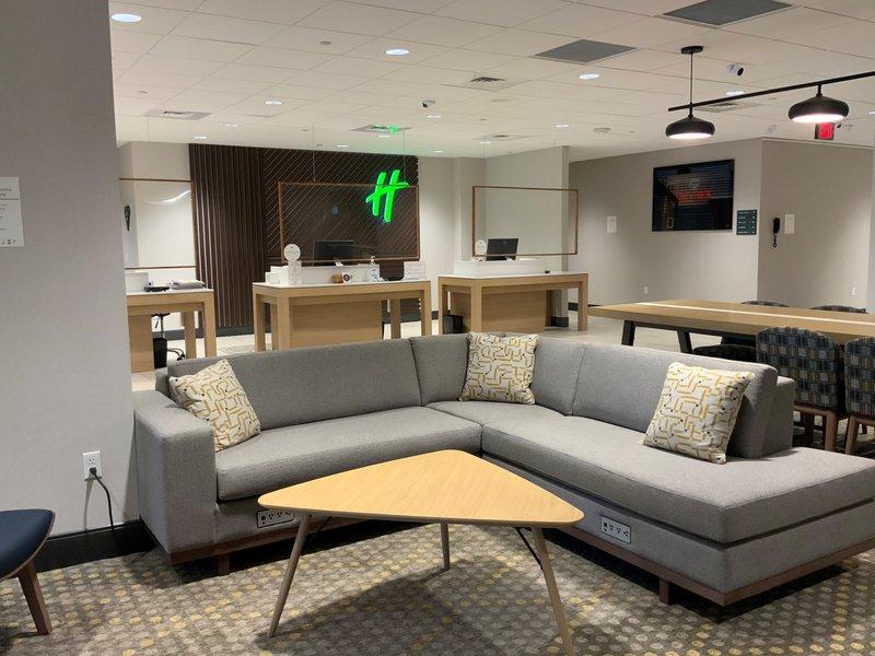 Holiday Inn Grand Rapids Downtown-Hotel Lobby<br/>Image from Leonardo