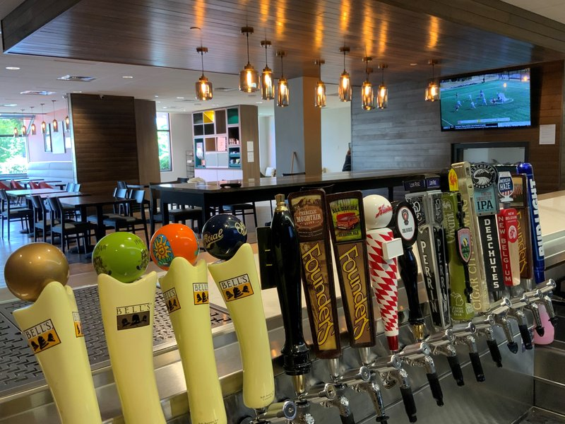Holiday Inn Grand Rapids Downtown-16 taps of rotating local, regional, and national brands<br/>Image from Leonardo