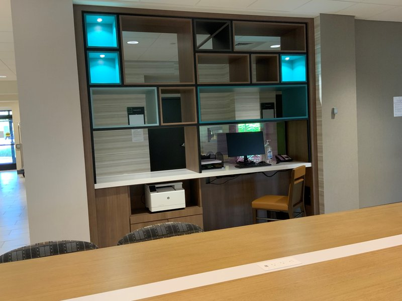 Holiday Inn Grand Rapids Downtown-Business Center<br/>Image from Leonardo