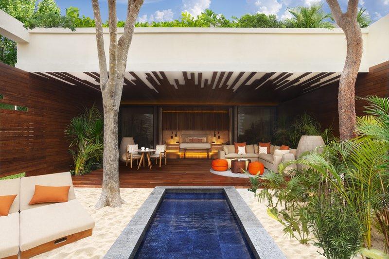 Fairmont Mayakoba - Beachfront Pool Suite -Exterior Bath <br/>Image from Leonardo