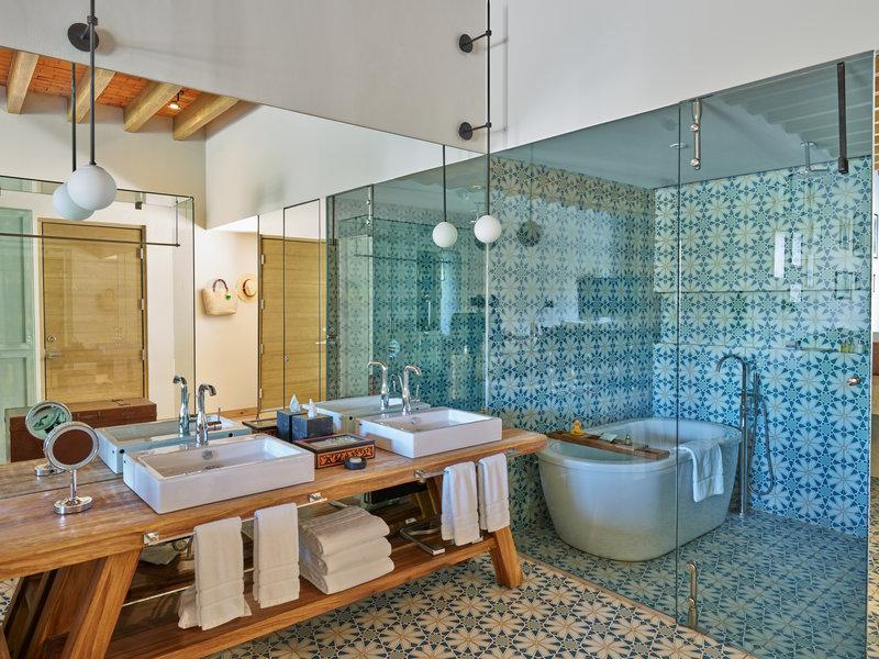 Live Aqua San Miguel Allende-Deluxe Bathroom<br/>Image from Leonardo