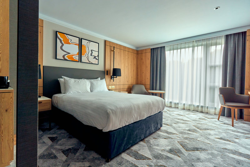 Crowne Plaza Marlow-Wheelchair Accessible Room<br/>Image from Leonardo