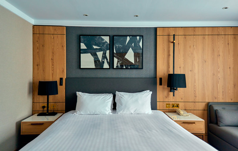Crowne Plaza Marlow-King Bed Guest Room<br/>Image from Leonardo
