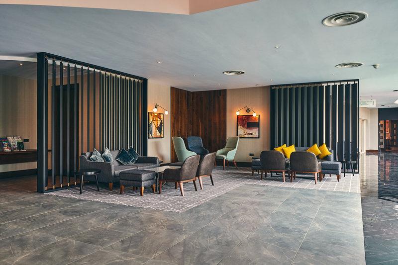 Crowne Plaza Marlow-Hotel Lobby<br/>Image from Leonardo