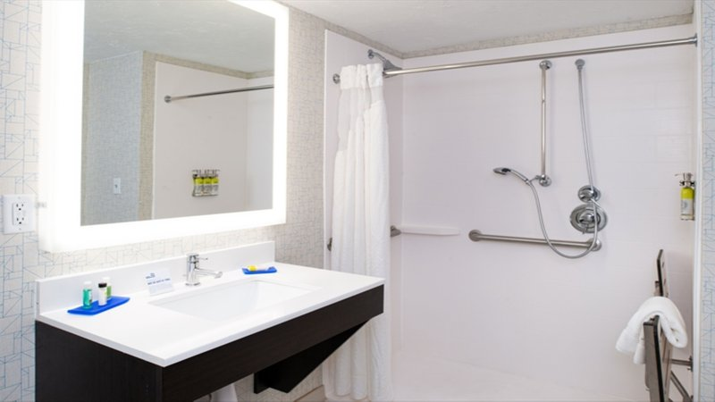 Holiday Inn Express Cincinnati West-Two Queen Hear Access Roll In Shower<br/>Image from Leonardo