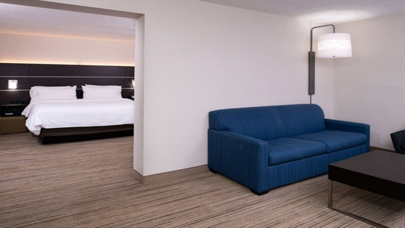 Holiday Inn Express Cincinnati West-1 King Bed Feature Room<br/>Image from Leonardo