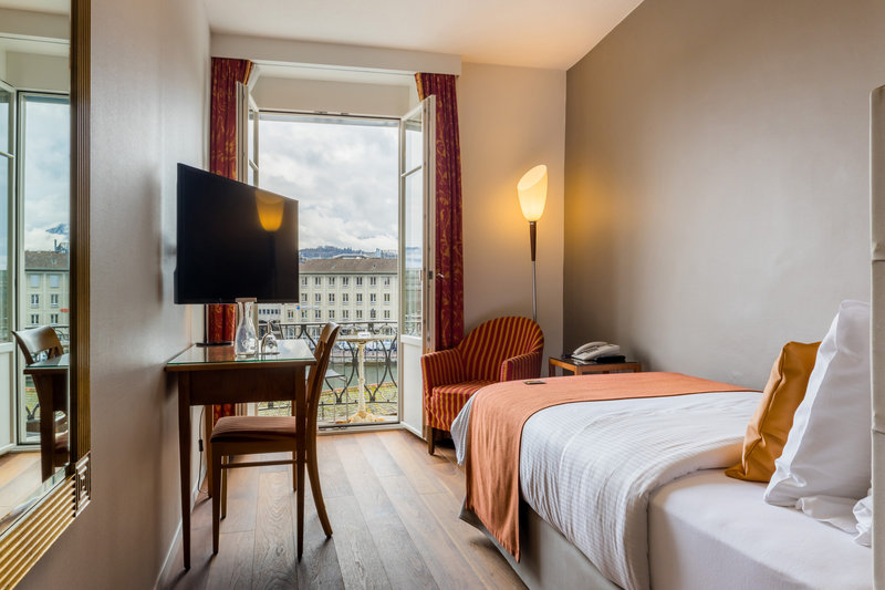Hotel Des Alpes-Single River<br/>Image from Leonardo