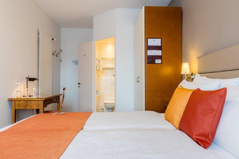Hotel Des Alpes-Double Room<br/>Image from Leonardo