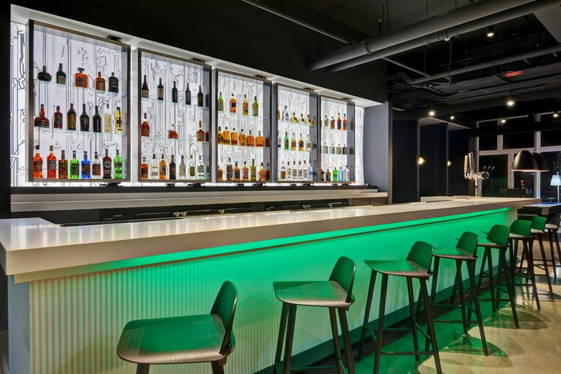 Aloft Secaucus Meadowlands-W XYZ Bar<br/>Image from Leonardo