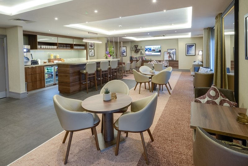 Crowne Plaza Plymouth-Complimentary beverages, soft drinks and snacks<br/>Image from Leonardo