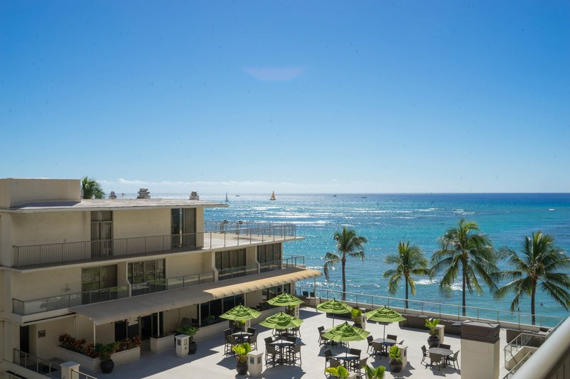 Outrigger Reef Waikiki Beach Resort - outrigger-reef-waikiki-partialoceanview-view3.jpg <br/>Image from Leonardo