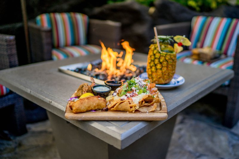 Outrigger Reef Waikiki Beach Resort - outrigger-reef-waikiki-beach-resort-pool-food11.jpg <br/>Image from Leonardo