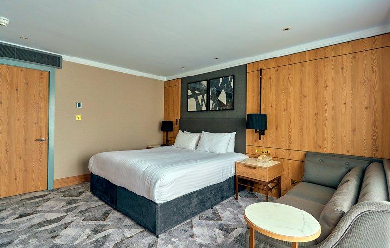Crowne Plaza Marlow-Standard Room <br/>Image from Leonardo